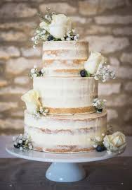 The Prettiest Buttercream Wedding Cakes Hitchedcouk