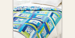 Tropical Colors Star in This Easy Breezy Quilt - Quilting Digest & Island Dreamin' Quilt Pattern Adamdwight.com