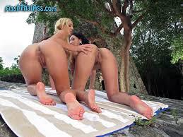 Flash Naked Booty Girls Flashing Public Ass Pussy FlashThatAss