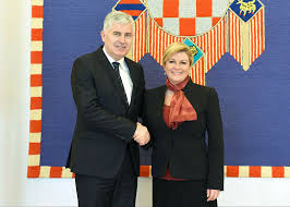 Image result for kolinda grabar-kitarović i dragan covic fotos