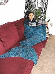 Mermaid Tail Blanket Knitting Pattern Stunning Mermaid Tail Blanket Knit Pattern Google Search Knitting
