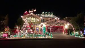 Slayer Christmas Light Show Video This Guy Synced Up His Homes Christmas Light Show To