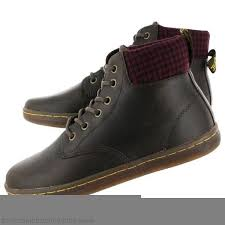clearance dr martens uk women s boots triumph aimilie leather foldover 590158