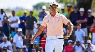 rickie fowler has paid tribute to arnold palmer at bay hill for the past two years