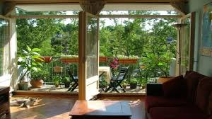cozy balcony decorating ideas apartment balcony garden