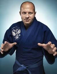 Competir en artes marciales mixtas Images?q=tbn:ANd9GcQ3pDIC1aCLMJ1HVCcyOY7XGvwyUyvEBk3SLR_CZn8yAs6pFpvuJg