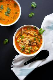 This is a delicious coconut curry soup can be served chilled or warm, and either way it tastes amazing! Vegan Coconut Curry Lentil Soup Melissa Torio
