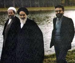 Afbeeldingsresultaat voor ابراهیم یزدی با خمینی
