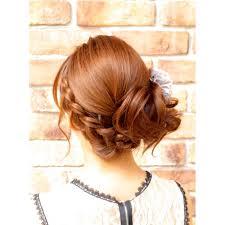 定番人気 編みこみサイドアップ結婚式2次会アップスタイル Broto