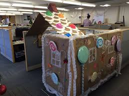Office cubicle decorating contest Desk Cubicle Or Gingerbread House Another Cubicle Decorating Contest Submission Ipc New York Imgur Cubicle Or Gingerbread House Ipc Office Photo Glassdoor