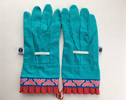 Small Picture Gloves by Katherine by GlovesByKatherine on Etsy