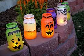 Decorating Mason Jars For Halloween