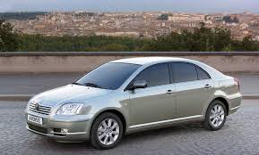 Toyota Avensis Verso 2.0 2000 | Auto images and Specification
