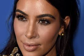 ever wondered how a 9 to 5 career can get a kim kardashian makeup look without a team of makeup artists on demand or major plastic surgery