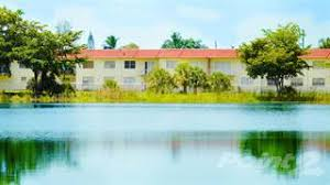 crystal lakes apartments miami gardens.  Miami Apartment For Rent In Crystal Lake Apartments  3 Bedrooms Miami Gardens  FL On Lakes Gardens L