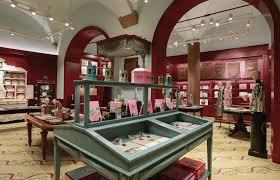 who has already been to florence in the past probably had a chance to visit the gucci museum located inside the prestigious palazzo della mercanzia