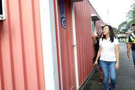 Quezon City Mayor Joy Belmonte inspects ...