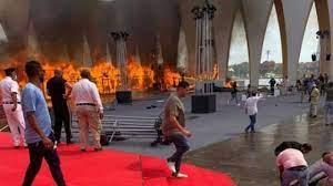خرابيش نيوز- رسالة عاجلة من بشرى لضيوف مهرجان الجونة بعد حريق القاعة  الرئيسية - فن - خرابيش نيوز