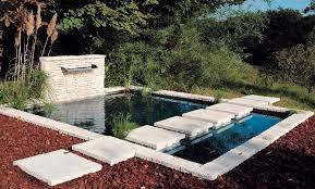 Barbecue Da Esterno In Pietra : Laghetto da giardino in pietra ideablok � orsol