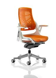 choosing an office chair. The Definitive Guide To Choosing Office Chairs. An Chair