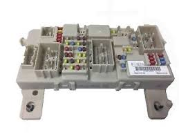 genuine ford fuse junction panel gem module fuse box 1712211 image is loading genuine ford fuse junction panel gem module fuse