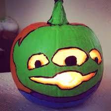 disney pumpkin carving kit. toy story alien. one of the little green men. disney pixar. pumpkin carving kit