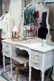Vanity Tables 219 Best Vintage Vanity Images On Pinterest Vanity Tables