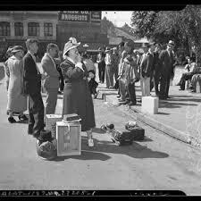 Evangelist Evangeline Smith street preaching in Los Angeles, Calif., circa  1940 — Calisphere