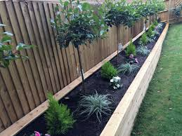 garden fencing forer beds diy fence ideas to keep your plants red robin tree for flower