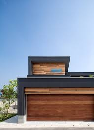 Small Picture M4 house by Architect Show create extended left side soffit and
