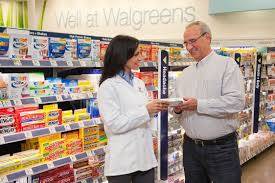working at walgreens glassdoor walgreens photo of a walgreens pharmacist providing extraordinary customer care