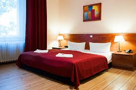 double bed hotel. Beautiful Double Hotel BerlinCharlottenburg Rooms Double Bed Room On Bed O