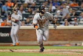 ahead hit, SF Giants clinch series vs. Mets