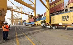 ميناء جبل علي: لم يتم تسجيل أية أضرار أو تعطيل لعمليات الميناء جراء الحريق  الذي اندلع في إحدى حاويات سفينة ‹ جريدة الوطن