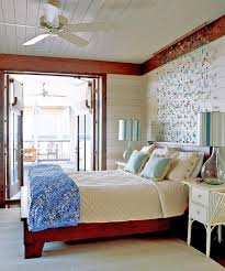 beachy decorative wall hangings above
