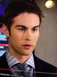 Anyone else ever notice Nate's weird lip thing towards the end of season 5?  And does anyone else know what it is lol : GossipGirl