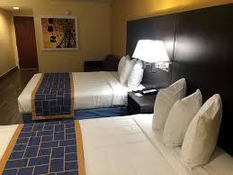 Days Inn Suites By Wyndham Tampa Raymond James Stadium Fl