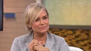 Yolanda Foster Hairstyle yolanda foster reveals how bella hadids battle with lyme disease 5184 by wearticles.com
