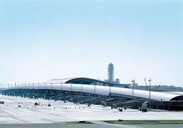 Kansai International <b>Airport Passenger Terminal</b> Building von Renzo ...
