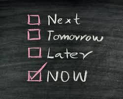 tips to help you identify if it s time for a career change ticking now on check boxes