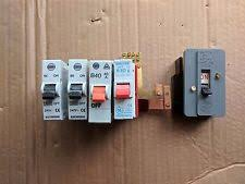 wylex switch fuse business office industrial old wylex 4 way busbar main switch and fuses relic