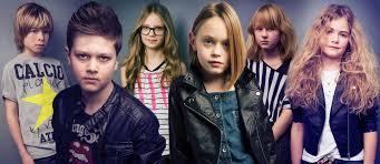 účesy Do školy Pre Malých školákov Young Stars Podľa J7 Vlasy A