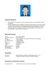 Contoh resume bahasa melayu doc. Objektif & Matlamat  Meningkatkan dan  memajukan diri dalam bidang yang diceburi bagi menjadikan kerjaya  professional ...
