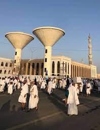 مسجد نمرة.. تعرف على الخطباء وأكثرهم اعتلاءً للمنبر وأولى الخطب