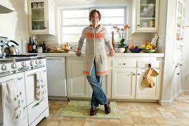 Cozy Kitchen Chef Suzanne Tracht Comes Home To A Cozy Kitchen La At Home