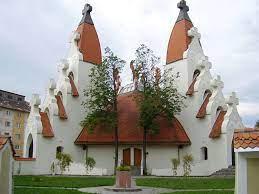 File:Csíkszereda Makovecz templom.JPG - Wikimedia Commons