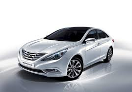 hyundai sonata 2013 white. hyundai sonata sedan in white colour 2013 a
