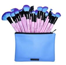 the plete spectrum collection of brushes is now available in our gorgeous 30 piece set with sky blue pu leather pouch bag this set is made up of all 30