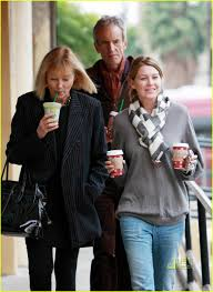 Ellen Pompeo Husband Ellen Pompeo Knocks It Out Of The Sushi Park Photo 2400085