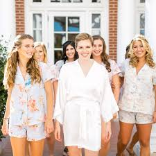 who pays for bridal party hair and makeup the morning of the wedding